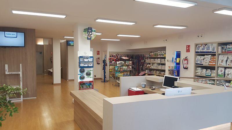 Licencia de actividad centro veterinario Barcelona