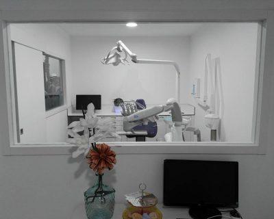 Licencia actividad Clínica Dental Barcelona